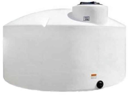 1550 Gallon Plastic Vertical Storage Tank